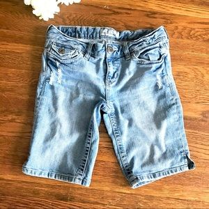 Aeropostale Distressed Jean Bermuda Shorts Light